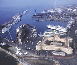 Il porto di Civitavecchia, un Protocollo di Intesa ne prevede l'elettrificazione
