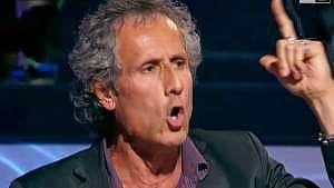 """Paolo Barnard, """"editorialista"""" della Gabbia su La7. L'arte di sparare cazzate spacciandole per verità assolute"""
