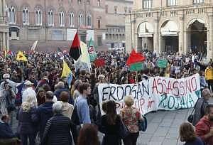 Manifestazione pro curdi a Bologna @ La Repubblica